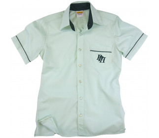 Short sleeve shirt with contrast collar
